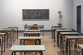 ARTE, CITTADINANZA E COSTITUZIONE: LEZIONI ONLINE DALLA CLASSE AL MONDO CON LA GAMEC DI BERGAMO