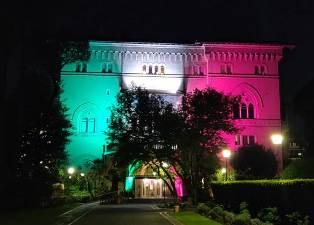 L'Ambasciata del Canada in Italia si veste col tricolore per il 25 Aprile