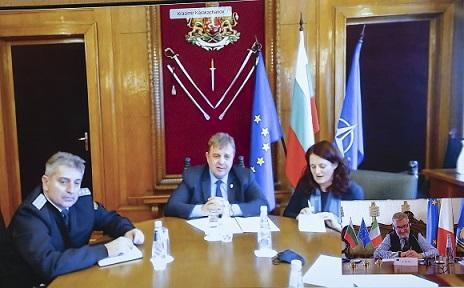 Italia – Bulgaria: colloquio tra i Ministri Guerini e Karakachanov