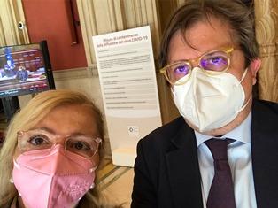 Vaccinare gli Aire in Italia: Sileri risponde all