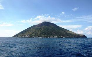Testato sullo Stromboli un sistema di allertamento in tempo reale delle eruzioni violente