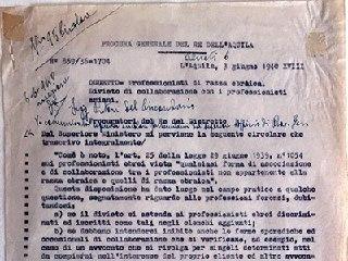 """Documenti di oltre 80 anni fa: un """"tesoro"""" ritrovato nella Procura di Chieti"""