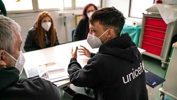 Ultimo con l'Unicef a Tor Bella Monaca