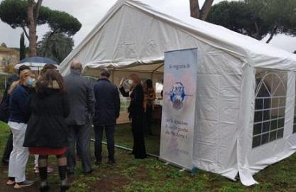 Covid: Inti Diplomatic Service dona gazebo alla Asl Roma 1 anche per le ambasciate