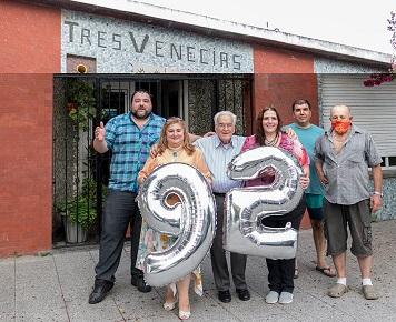 Gli italiani a Mar del Plata festeggiano i 92 anni di Beppino Bertoldi