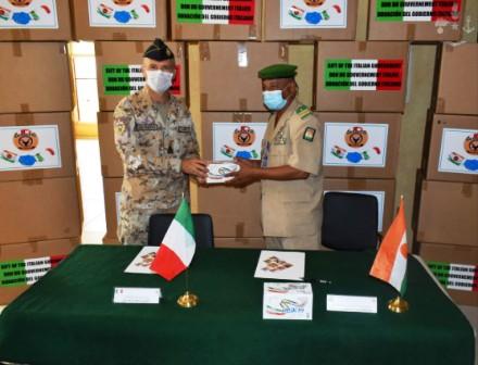 MISSIONE ITALIANA IN NIGER: IL CIMIC CONSEGNA 70.000 MASCHERINE