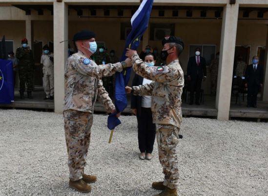 SOMALIA: IL GENERALE ANTONELLO DE SIO CEDE IL COMANDO AL GENERALE FABIANO ZINZONE