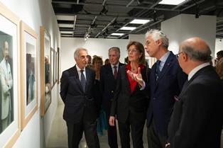 """""""RITRATTI E PAESAGGI - L'ITALIA SUL PALCOSCENICO"""": GRANDE SUCCESSO A MONTECARLO PER L'INAUGURAZIONE DELLA MOSTRA FOTOGRAFICA"""