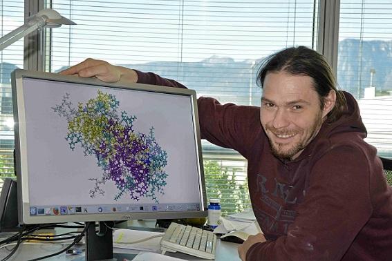 Computer quantistici per studiare il funzionamento delle molecole della vita: nuovo studio