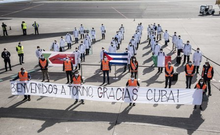 """CORONAVIRUS: IL PIEMONTE ASSEGNA L'ONORIFICENZA ALLA """"BRIGADA HENRY REEVE"""" DI CUBA"""