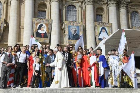 FRANCESCO: DIO VUOLE SALVARE TUTTI