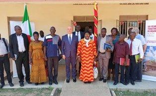 RIDURRE LA CECITÀ IN UGANDA: PRESENTATO AD ARUA IL PROGETTO DI MEDICI CON L'AFRICA CUAMM CON L'AICS