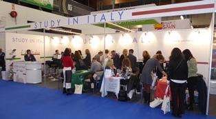 STUDY IN ITALY: UNI-ITALIA ALL'EAIE 2019 AD HELSINKI
