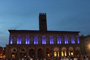 I MONUMENTI DI CINQUE GRANDI CITTÀ ITALIANE SI ILLUMINANO DI BLU PER LA GIORNATA MONDIALE DEL RIFUGIATO