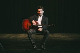 IL MUSICISTA PEPPE VOLTARELLI IN MADAGASCAR