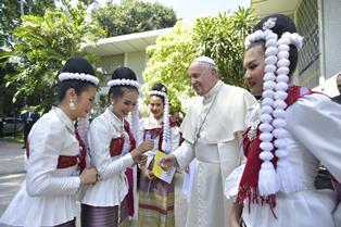 CRISTIANITÀ: IL VIAGGIO DEL PAPA IN THAILANDIA E GIAPPONE NELLA PUNTATA DI DOMANI SU RAI ITALIA