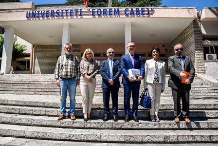 ALBANIA: L'AMBASCIATORE BUCCI AD AGIROCASTRO