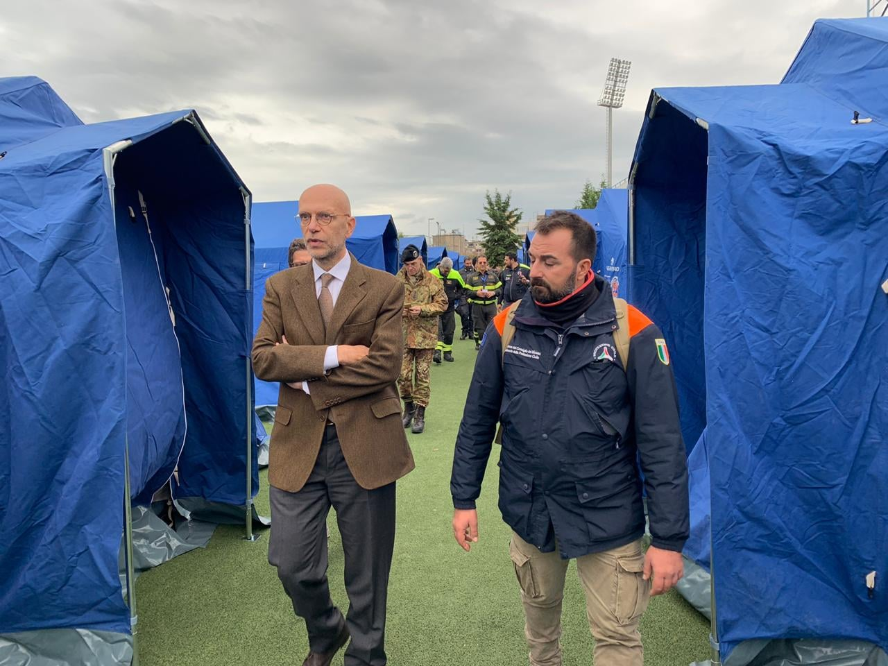 TERREMOTO ALBANIA: L'AMBASCIATORE CUTILLO INCONTRA LA PROTEZIONE CIVILE E I VOLONTARI ITALIANI