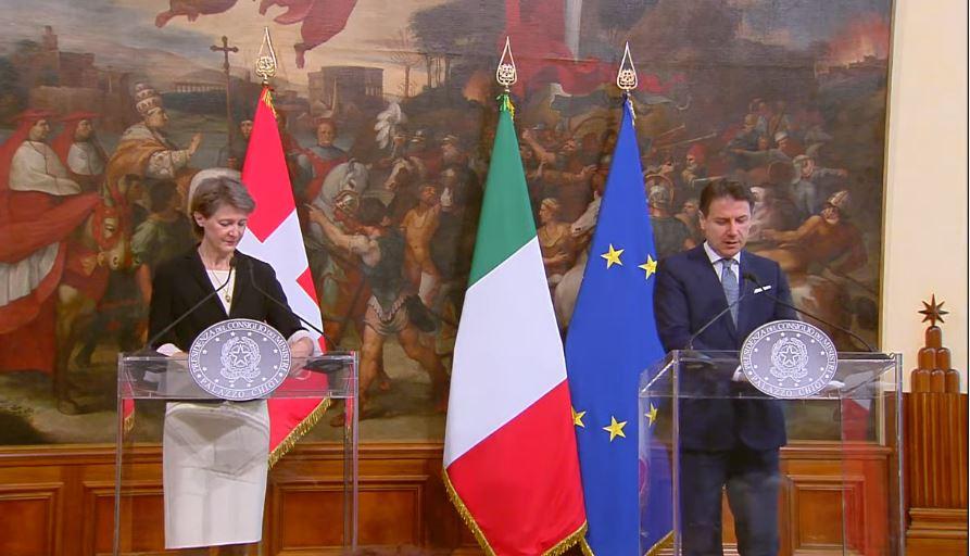 ITALIA-SVIZZERA: ENTRO L'ANNO ACCORDO FRONTALIERI