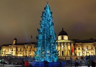 """""""CHRISTMAS WALK"""" PER LE STRADE DI LONDRA CON L'ORGANIZZAZIONE DI EXPAT """"FOCUS"""""""
