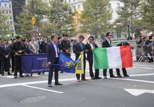 SPIEGAZIONE PER GLI ITALIANI SUL PERCHÉ GLI ITALO AMERICANI DIFENDONO COLOMBO – di Wolfgang Achtner