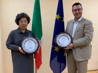ITALIA – COREA DEL SUD: UNA TARGA PER L'ITALIA