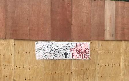BLACK LIVES MATTER, A NEW YORK IN MEZZO A CHI PROTESTA CON RABBIA MA SENZA VIOLENZA – di Ilaria Maroni