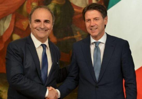 Covid e fondi per gli italiani all'estero: quanti e come si prendono? Parla Ricardo Merlo - di Nicola Corradi