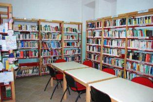 """LE BIBLIOTECHE SCOLASTICHE IN ITALIA: I DAI AIE A """"PIÙ LIBRI PIÙ LIBERI"""""""