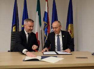 ITALIA-CROAZIA: GUERINI A ZAGABRIA FIRMA ACCORDO DI COOPERAZIONE