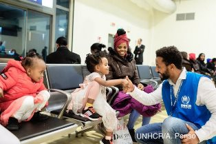 L'UNHCR EVACUA 54 RIFUGIATI VULNERABILI DAL NIGER ALL