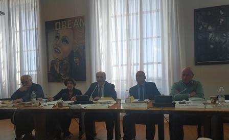 POCHE RISORSE E ATTENZIONE PER GLI ITALIANI ALL'ESTERO