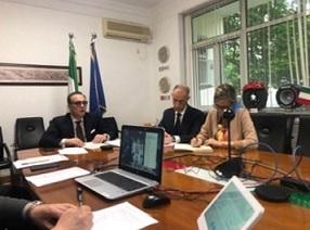 CINA: L'AMBASCIATORE FERRARI IN VIDEOCONFERENZA CON L'ASSOCIAZIONE DEGLI ACCADEMICI ITALIANI IN CINA