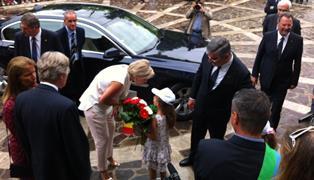 IL COMUNE DI MANOPPELLO INTITOLA LA NUOVA SCUOLA A MARCINELLE: D'ALFONSO INVITA IL RE DEL BELGIO