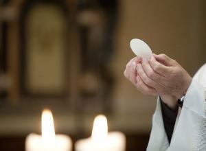 RAI ITALIA: I SACERDOTI NEL MONDO NELLA NUOVA PUNTATA DI CRISTIANITÀ