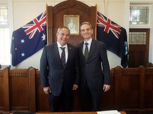 AUSTRALIA: MISSIONE IN GOLD COAST DEL CONSOLE NAPOLITANO