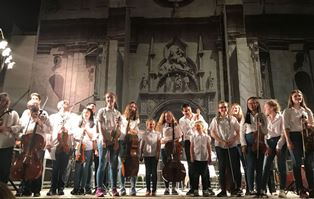 """LAVORI IN CORSO"": L'EARLY MUSIC YOUTH ORCHESTRA (EMYO) IN CONCERTO ALL'IIC DI BARCELLONA"