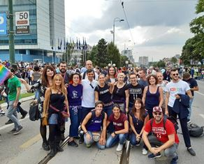 SARAJEVO: L'AMBASCIATA ITALIANA AL PRIMO PRIDE DELLA BOSNIA ERZEGOVINA
