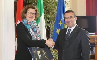ITALIA – SVIZZERA: L'AMBASCIATRICE ADAM AL VIMINALE