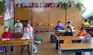 SCUOLE ELEMENTARI IN SLOVACCHIA: PER LA LINGUA STRANIERA DECIDE IL PRESIDE/ CONTRARIE LE IMPRESE