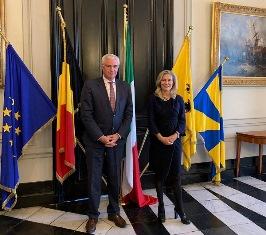 ITALIA-BELGIO: L'AMBASCIATRICE BASILE RAFFORZA LE RELAZIONI CON LE FIANDRE OCCIDENTALI E LA CITTÁ DI BRUGES