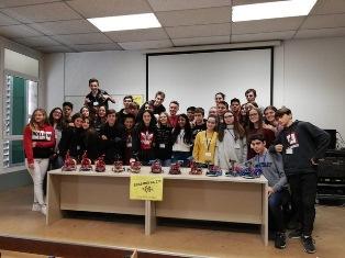 SFIDA DEI ROBOT: STUDENTI DEL CONVITTO PAOLO DIACONO DI CIVIDALE SI FRONTEGGIANO ASSIEME A COETANEI EUROPEI