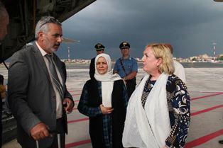 ITALIA – LIBIA: ARRIVATI A ROMA QUATTRO PAZIENTI PEDIATRICI LIBICI