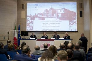 "IL MINISTRO MOAVERO INTERVIENE AL ""VILLA MONDRAGONE INTERNATIONAL ECONOMIC SEMINAR"""