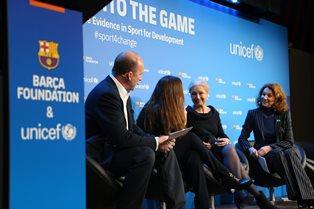 """UNICEF E FONDAZIONE BARÇA LANCIANO RAPPORTO """"METTERSI IN GIOCO"""": LO SPORT MIGLIORA IL RENDIMENTO SCOLASTICO E LE COMPETENZE DEI BAMBINI"""
