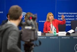 6 DOMANDE SULL'EURO-PARLAMENTO AI CANDIDATI ALLE EUROPEE: ALESSANDRA MUSSOLINI (FI) – di Alessandro Butticè