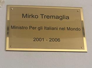 PLENARIA CGIE/ ARCOBELLI: TARGA A TREMAGLIA SIA DA MONITO PER UNA POLITICA NELL'INTERESSE DEGLI ITALIANI NEL MONDO