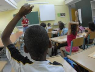 UNHCR UNICEF E OIM ESORTANO GLI STATI UE A PROMUOVERE L'ACCESSO DEI MINORI RIFUGIATI E MIGRANTI ALL