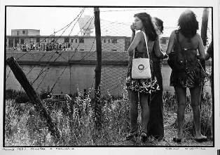 """""""LA STRADA, LA LOTTA E L'AMORE""""/ BATTAGLIA D'AMICO E LUCAS: TRE GRANDI MAESTRI DELLA FOTOGRAFIA IN MOSTRA A LA SPEZIA"""