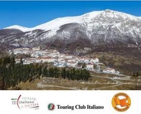 ALL'IIC DI LISBONA IL TOURING CLUB ITALIANO E LE BANDIERE ARANCIONI DELL'ABRUZZO